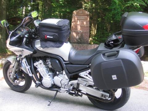 - (Motorradreisen, Koffersystem Fazer 1000)