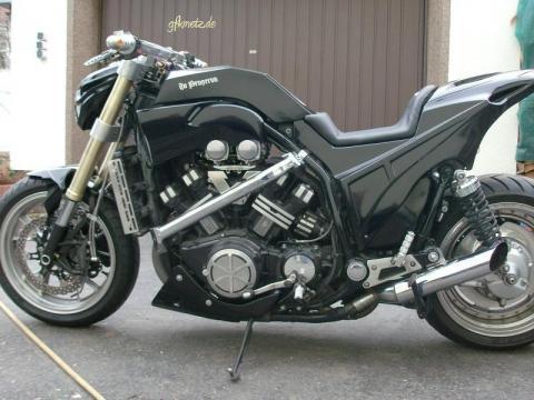 - (Yamaha, v-max, XJR 1300)