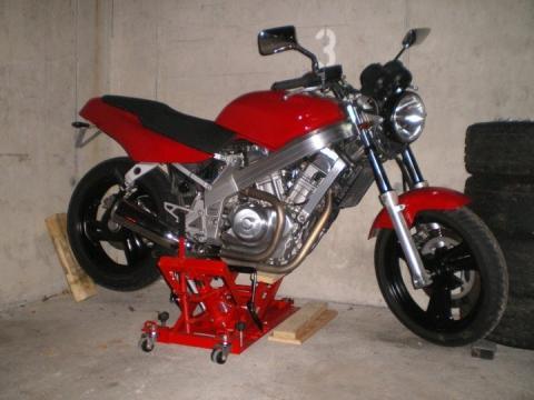 - (Anfängermotorrad, Einsteigermotorrad)