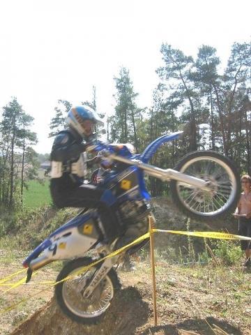 WR in action - (Motorrad, Enduro, Cross)