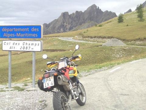 Pässe ohne Ende: Alpenchallenge - (MuZ, XT, Baghira)