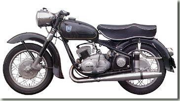 ein Flügeltier - (Motorrad, Supersportler, Yamaha R6)