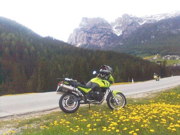 Bei Corvara - (Reiseenduro, Tourenmotorrad, großes motorrad)