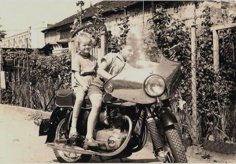 Nachbrenner mit Nachbarin - (Motorrad, Führerschein, Auto)