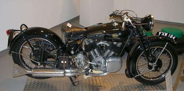 Brough Superior - (Umfrage, Motorradgespann)