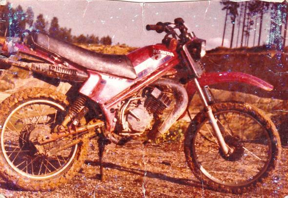 Enduro nach Action - (Anfänger motorrad)