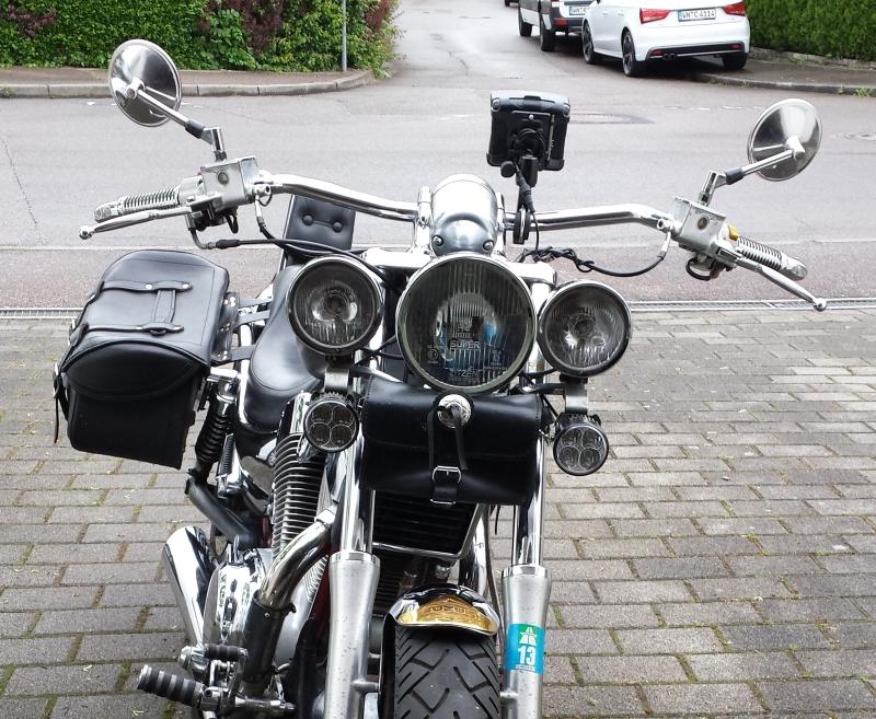zusatzscheinwerfer 125er motorrad yamaha sicherheit. Black Bedroom Furniture Sets. Home Design Ideas