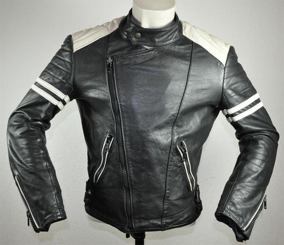 Meine alte Motorradjacke nach der Färbung und Entfärbung - (weiß, Lederjacke, Lederfarbe)