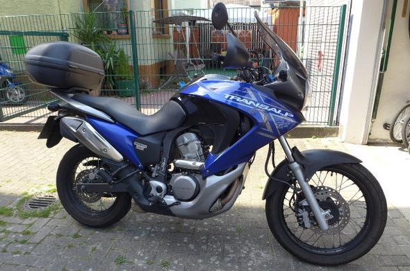 Honda Transalp 700VA - (Motorrad, Hobby, Zweitmotorrad)