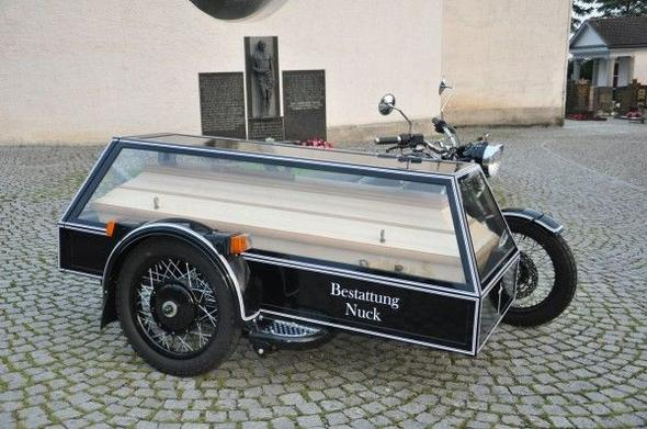 Leichenpaule - (Yamaha WR125X, Staufach)