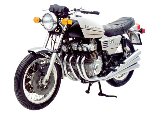 - (Motorrad, Probefahrt, Benelli)