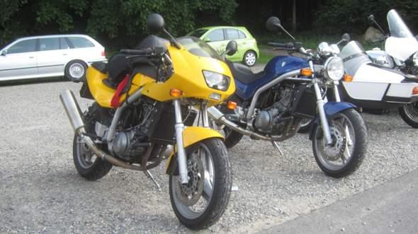 - (Motorrad, drosseln)