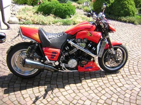 Motorradumbau Facelift Umbau V Max