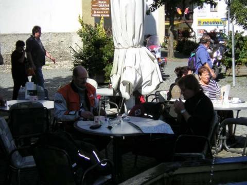 Beim der Mittagspause - (Tour, Motorradtour, reise)