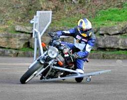 Bilduntertitel eingeben... - (Motorrad, Umfrage, Sicherheitstraining)