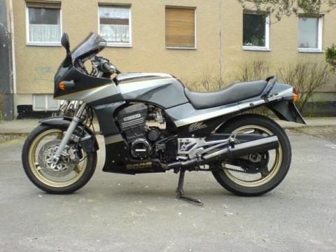 GPZ 900.....beim Schalten sehr laut! - (bmw, erster Gang Motorrad, Gang Motorrad einlegen)
