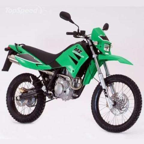 wer kennt eine gute 80ccm gel ndemaschine die auch f r die stra e zugelassen ist motorrad. Black Bedroom Furniture Sets. Home Design Ideas