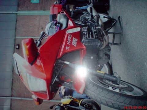 - (Motorrad, Umfrage, Spritverbrauch)