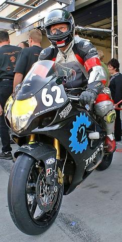 """Jens Gutsche (Team62.de) Endurance WM Oschersleben 2006 """"Lieber beide Räder am Boden..."""" - (Motocross, Wheely)"""