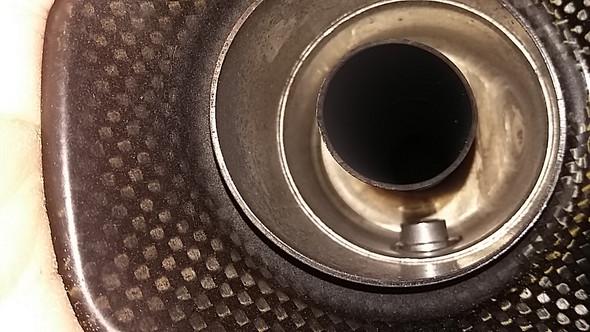 - (Oelverbrauch, Öl am Aupuff, Getriebe kratzt)