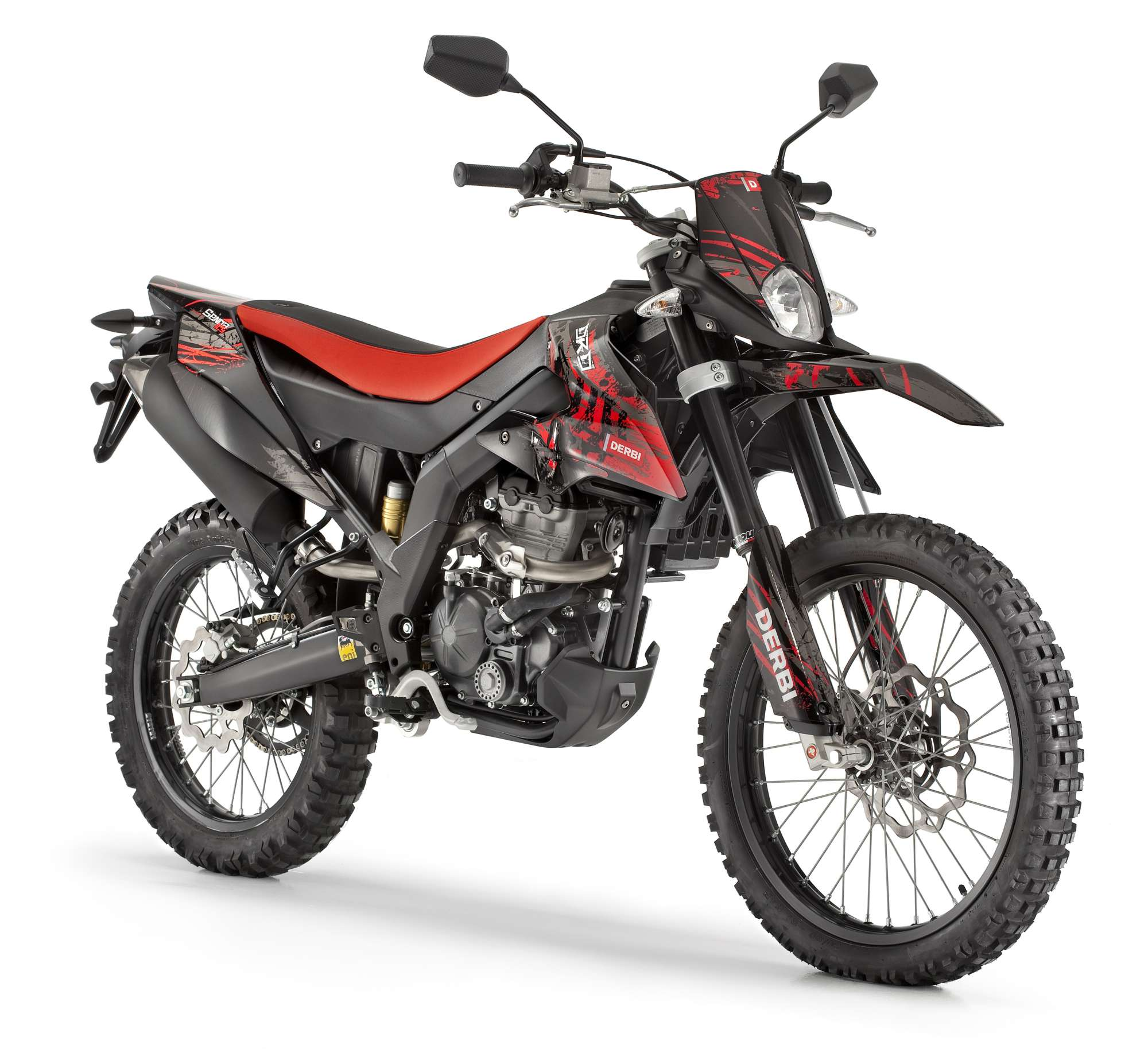 derbi senda drd 125 r vs beta rr 125 lc enduro cross. Black Bedroom Furniture Sets. Home Design Ideas