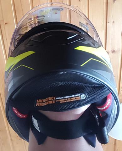 Unten - (Helm, Passform)