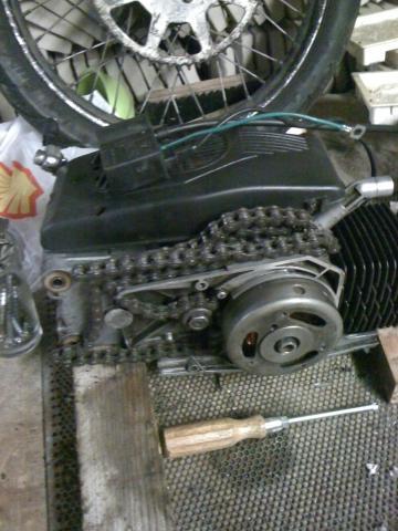 - (Motor, Moped, zündung)