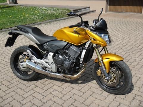 Quelle: Google - (Motorrad, Hornet, Monster Energy)
