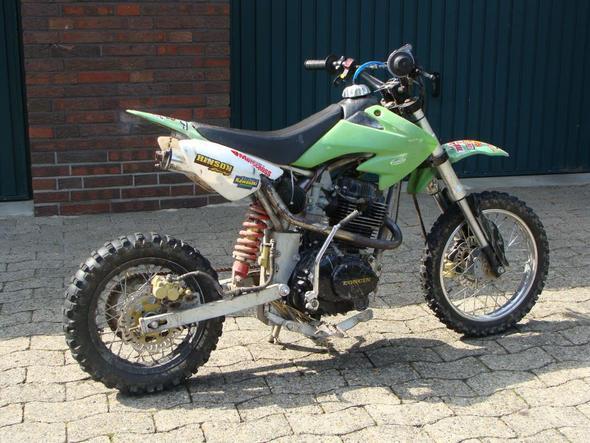 Loncin - (Motorrad, Geschwindigkeit, PS)
