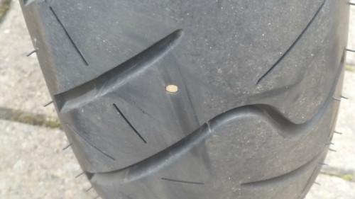 reifen - (Reifen, Nagel, metallstück )