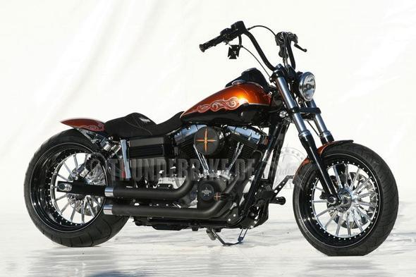 Neuer Auspuff für Harley-Davidson Fat Bob