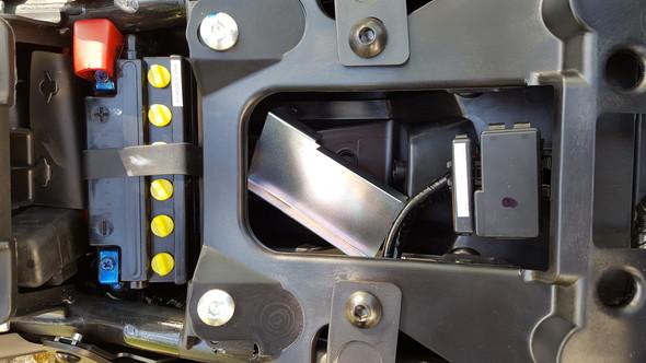 Werkzeugtasche herausgenommen - (Yamaha, werkzeug, Abdeckung)