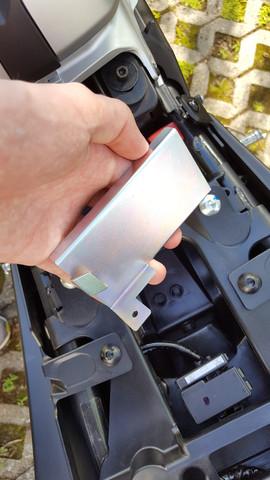 Metallteil - (Yamaha, werkzeug, Abdeckung)