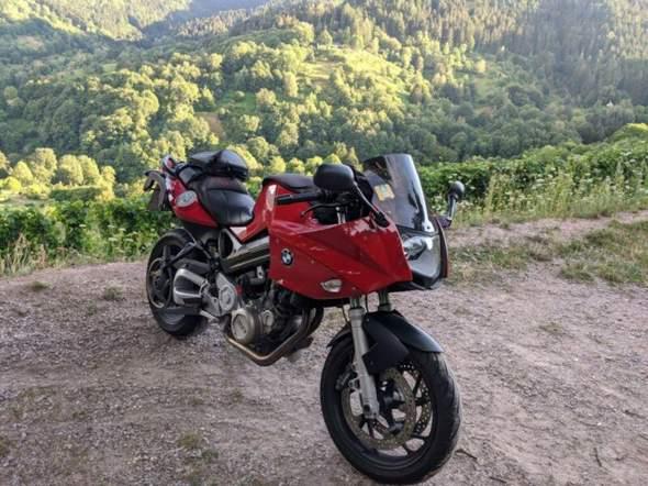 Welches Motorrad für kleine Leute mit um die 90ps?
