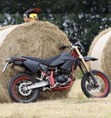 Welches Motorrad ist das (Kreidler)?